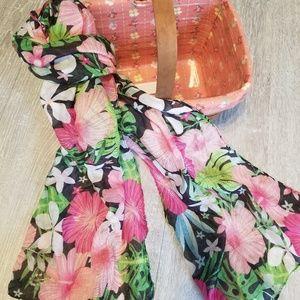 Darling floral print scarf